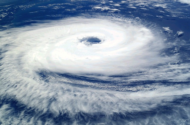 熱帯低気圧と台風の違いは中心気圧?風の強さ?雲の厚さ?|お天気検定8月14日