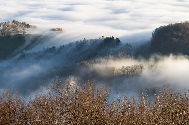 雲海が最もできやすいのは秋の朝/夏の昼/冬の夕方?|お天気検定11月13日